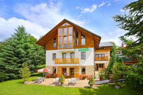 Отель Pension a restaurant Karolína, Шпиндлерув Млын